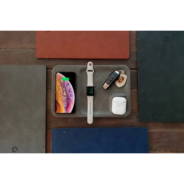 GAZE TRAY: Hold & Charge All Your Devices Together